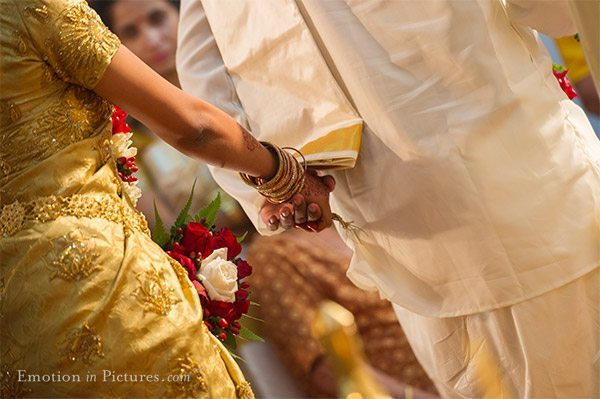 Hindu Malayalee Wedding at Sri Sakthi Easwary Temple: Sujean + Rekha: indian wedding photography : Andy Lim, Malaysian Wedding Photographer