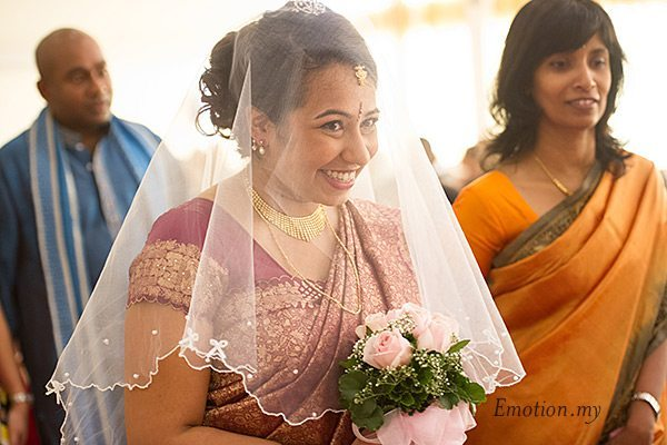bride-entrance-indian-hindu-ceylonese-wedding-ceremony-malaysia