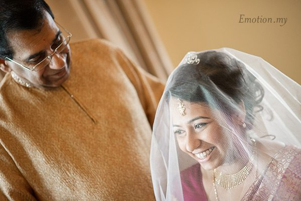 bride-father-indian-hindu-ceylonese-wedding-ceremony-malaysia
