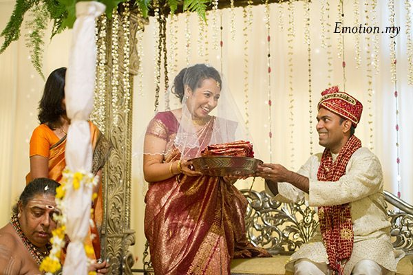 bride-groom-indian-hindu-ceylonese-wedding-malaysia