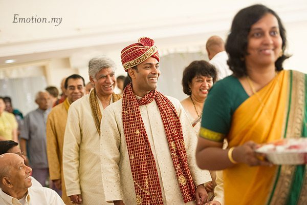 groom-entrance-indian-hindu-ceylonese-wedding-ceremony-malaysia