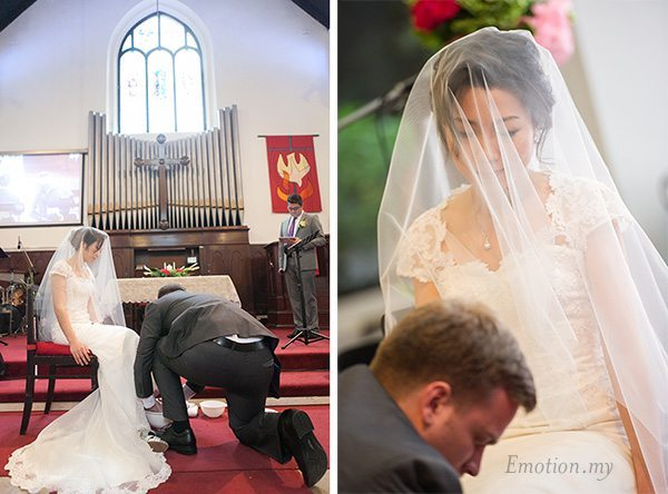 st-andrew-church-wedding-groom-washes-brides-feet-jesus-emotion-in-pictures-andy-lim