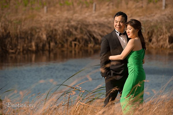 prewedding-portraits-hunter-valley-australia-lake