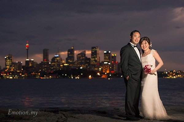 prewedding-portraits-sydney-australia-bradleys-head-twilight