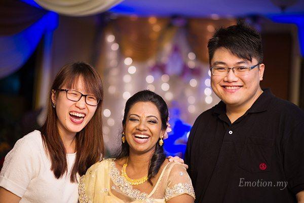 indian-hindu-engagement-friends