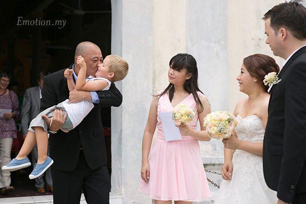 church-wedding-hugs