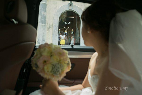 church-wedding-st-peter-melaka-bride-arrival