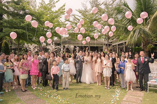 balloons-garden-ceremony-cyberview-lodge-kelvin-yee-leng