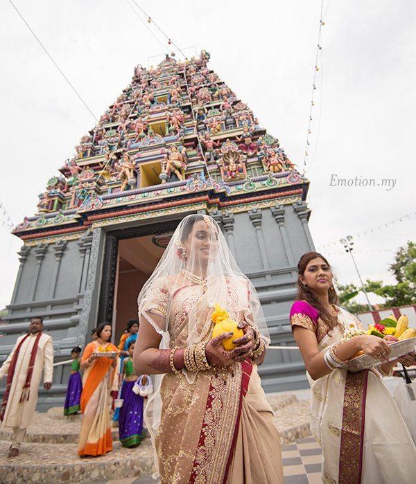 hindu-wedding-bride-arrival-klang-malaysia