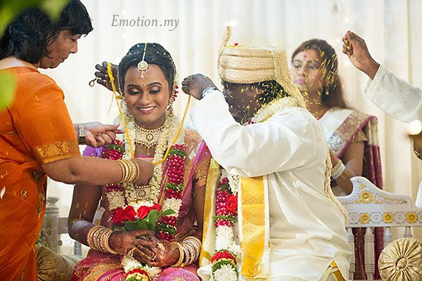 hindu-wedding-klang-malaysia-siva-rajes-thali