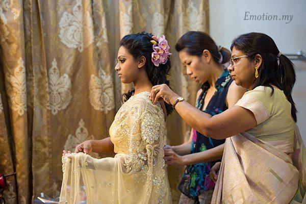 indian-engagement-ceremony-malaysia-saree-meera