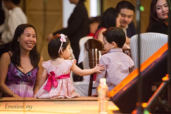 reception-little-girl-boy