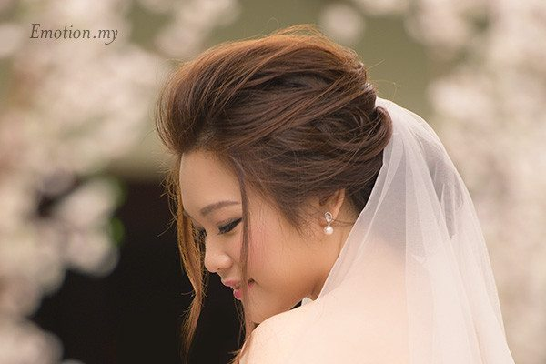 rom-bride-portrait-cyberview-lodge-kelvin-yee-leng