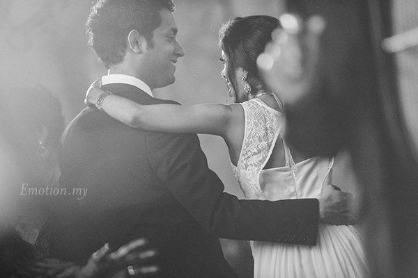 wedding-reception-holiday-villa-subang-dance
