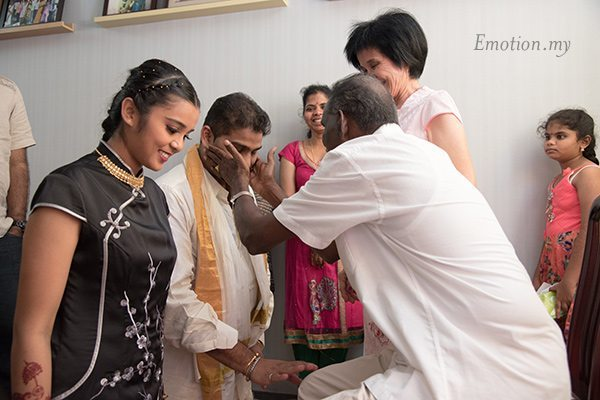 hindu-bride-chinese-wedding-tea-ceremony-blessing-kuala-lumpur