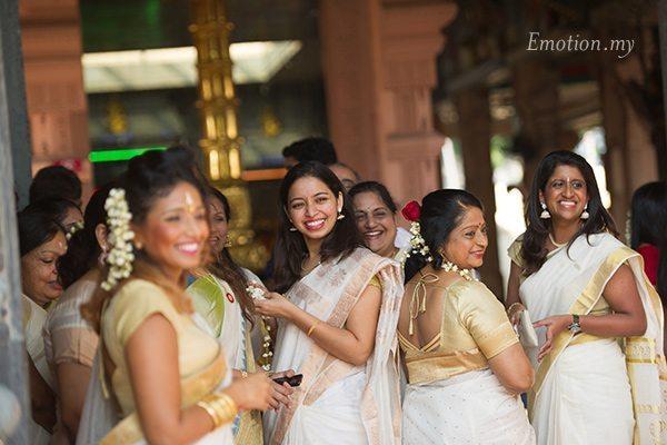 hindu-wedding-sri-sakthi-easwari-kuala-lumpur-bridesmaids