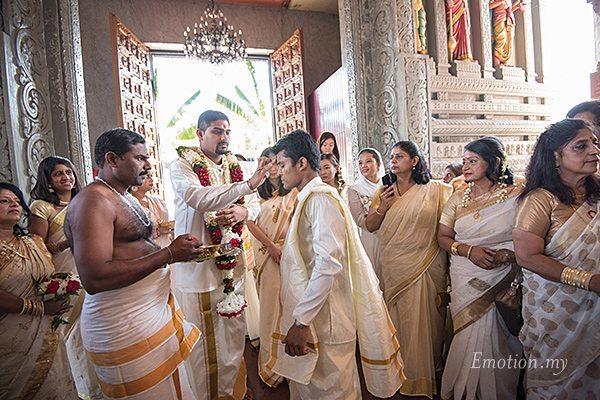 hindu-wedding-sri-sakthi-easwary-kuala-lumpur-groom-arrival