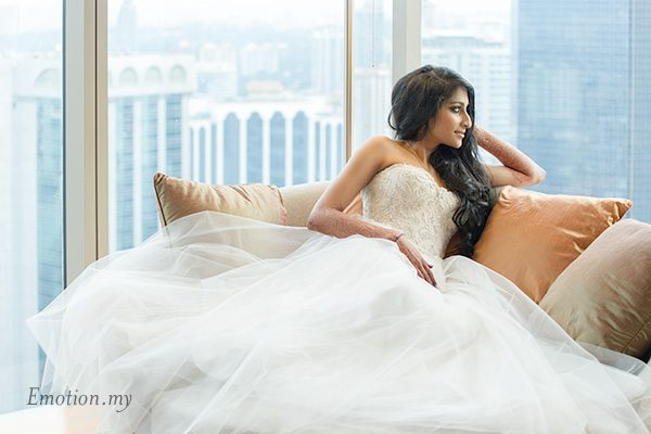bridal-portrait-hyatt-kuala-lumpur-malaysia-kris-tharshini