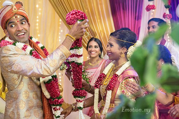 ceylonese-hindu-wedding-garlands-kuala-lumpur-malaysia-kartik-kavitha