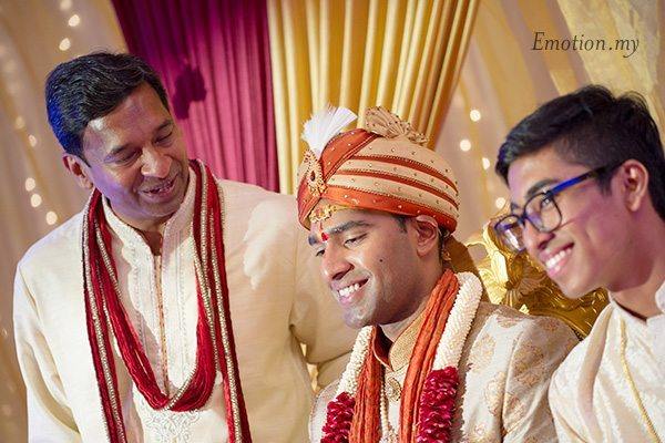 groom-father-hindu-wedding-malaysia-kartik-kavitha