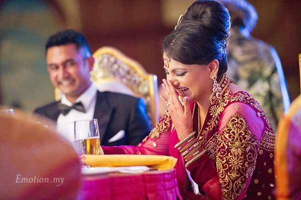 indian-wedding-reception-bride-laughs-suraj-malathi