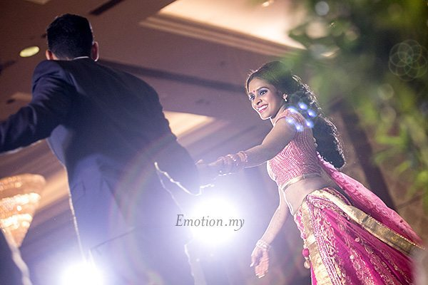 indian-wedding-reception-first-dance-grand-dorsett-malaysia