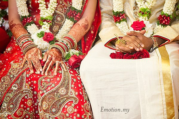 tamil-malayalee-wedding-ceremony-suraj-malathi