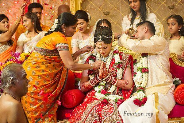 tamil-malayalee-wedding-thali-suraj-malathi