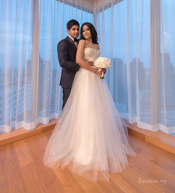 wedding-reception-portrait-grand-hyatt-kuala-lumpur-malaysia-kris-tharshini