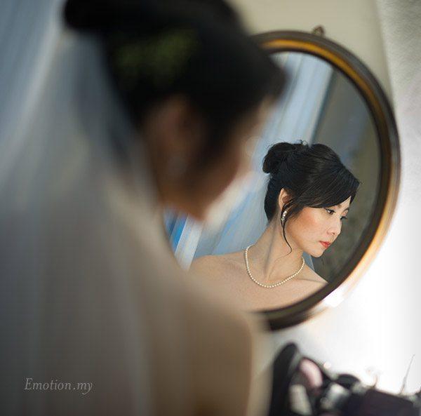 bride-getting-ready-kuala-lumpur-malaysia-james-suyin