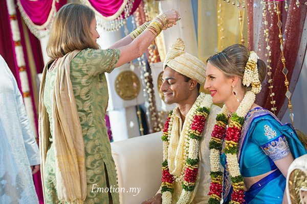ceylonese-wedding-ceremony-kuala-lumpur-malaysia-blessings