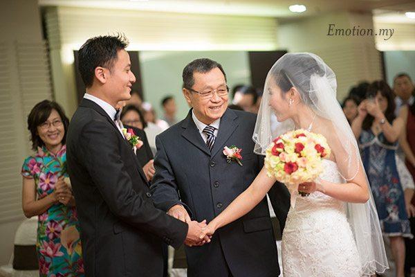 christian-wedding-ceremony-kuala-lumpur-shin-wei-chwee-ling