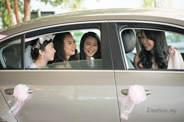 christian-wedding-luther-centre-bridesmaids-lenjin-melissa