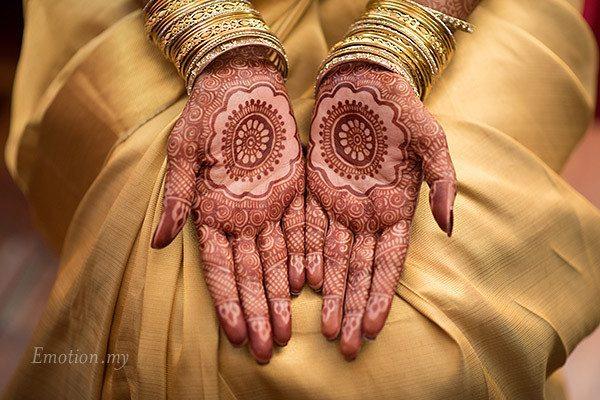 malayali-wedding-bride-henna-mehndi-sanjeev-reshmi
