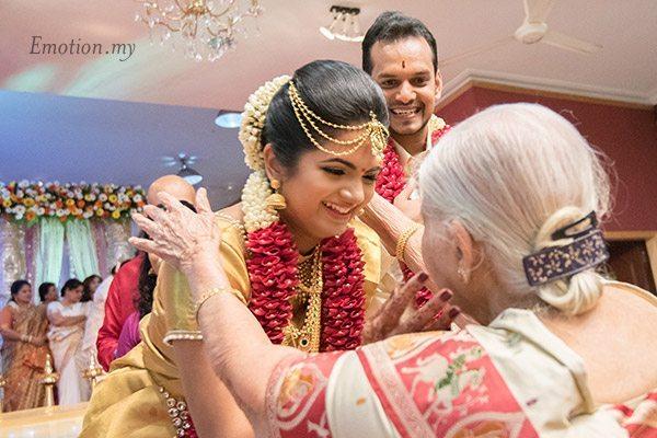 malayali-wedding-ceremony-blessing-kuala-lumpur-sanjeev-reshmi