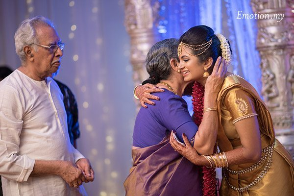 malayali-wedding-ceremony-sanjeev-reshmi