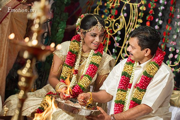 tamil-hindu-wedding-ceremony-bride-groom-sutha-malar