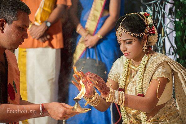tamil-hindu-wedding-ceremony-bride-kuala-lumpur-malaysia-sutha-malar
