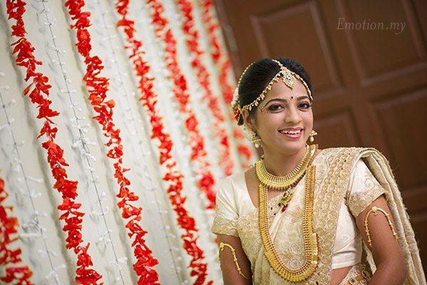 tamil-hindu-wedding-ceremony-bride-portrait-sutha-malar