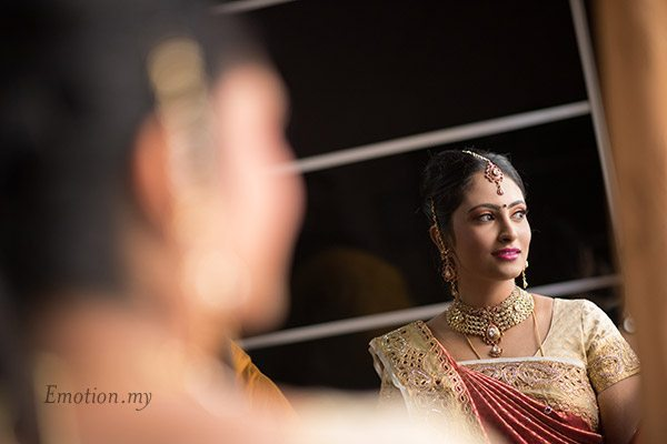 telugu-hindu-wedding-bride-portrait-srinivas-priya