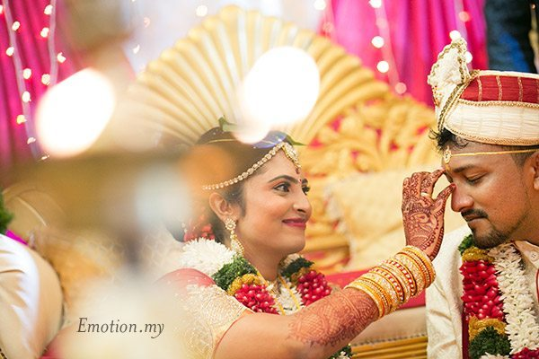 telugu-indian-wedding-bride-groom-ceremony-malaysia-srinivas-priya