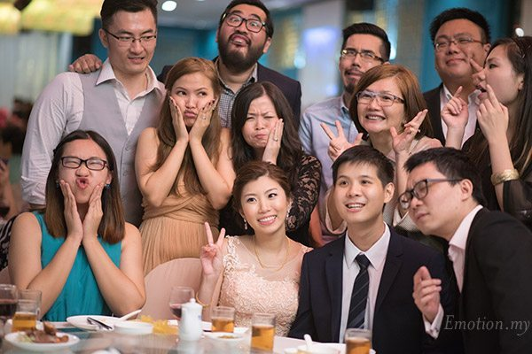 wedding-reception-funny-faces-lenjin-melissa