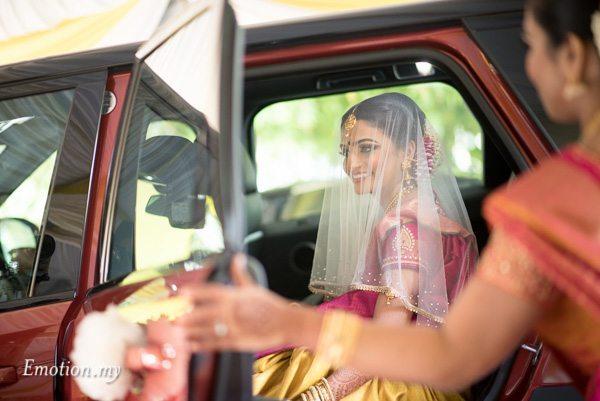 bride-car-ceylonese-wedding-kuala-lumpur-malaysia