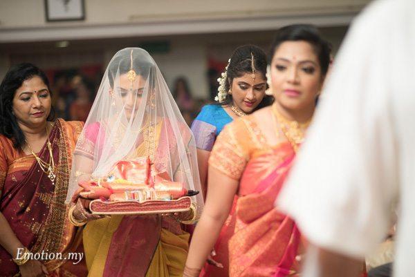 bride-saree-ceylonese-wedding-kuala-lumpur-malaysia