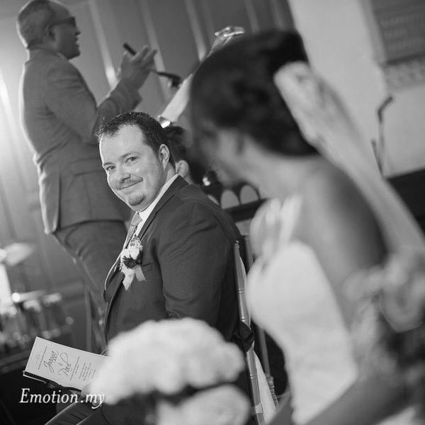 christian-wedding-ceremony-groom-looks-bride-zion-lutheran-kuala-lumpur-malaysia-paul-joanna