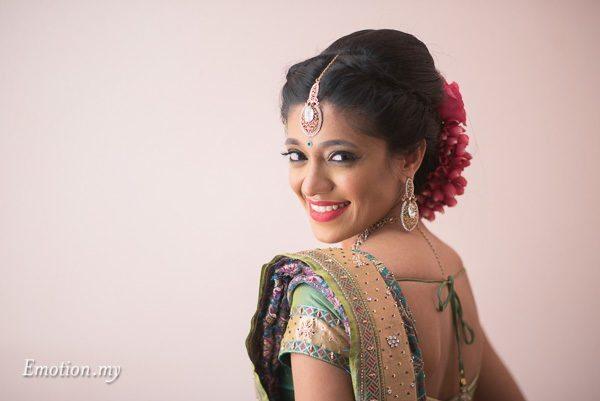 hindu-tamil-wedding-bride-portrait-malaysia-raymond-darshini