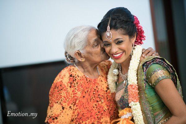 hindu-wedding-bride-grandma-malaysia-raymond-darshini