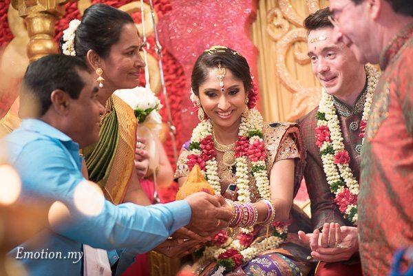 tamil-hindu-wedding-ceremony-kl-malaysia-dave-jeeno