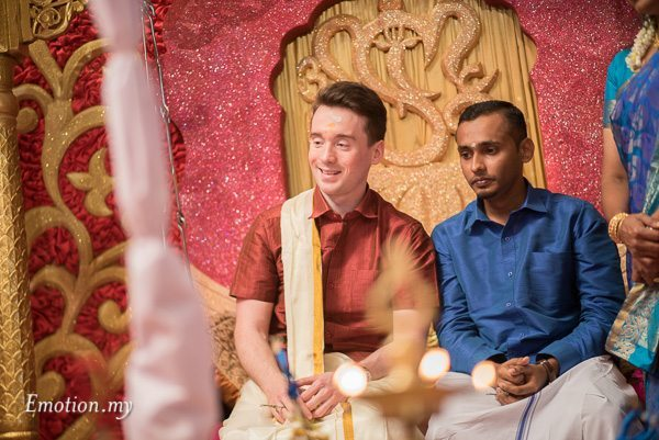 tamil-hindu-wedding-groom-malaysia-dave-jeeno