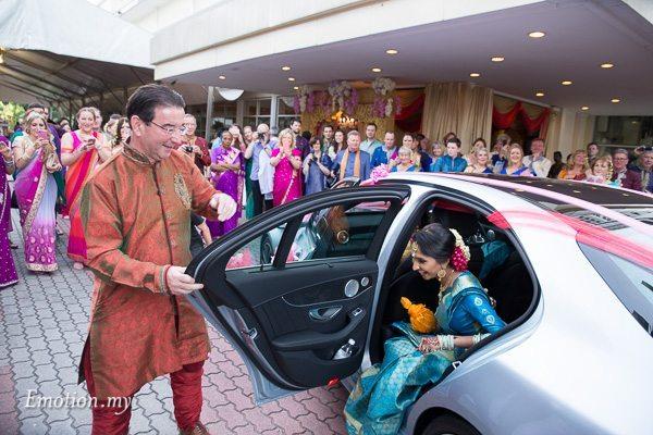 tamil-hindu-wedding-kalamandabam-temple-malaysia-dave-jeeno